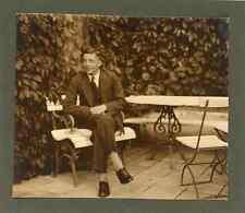 Sur le banc Vintage silver print Tirage argentique  6x9  Circa 1920  <div