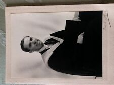 A2e old undated bw student graduate photograph in gowns