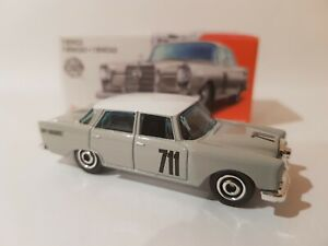 MATCHBOX 2020 - '62 MERC 220SE SEDAN [WHITE] POWER GRABS BRAND NEW IN BOX