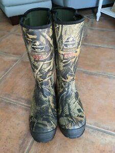 Winchester Pro-Line Series Hunting boots, Men's size 9.