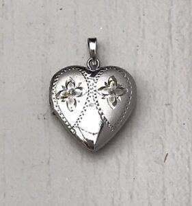 VINTAGE SMALL HEART SHAPED LOVE LOCKET, STERLING SILVER 2g