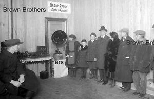 1930s NYC Grebe Radio Demonstration Speaker Crowd Glass Photo Camera Negative BB