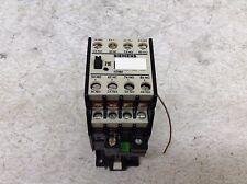 Siemens 3TH8271-0B 24 VDC Coil Relay 3TH82710B 3TH82 71-0B 71E