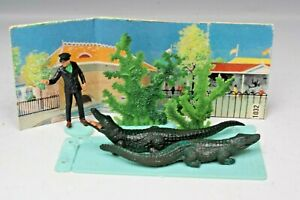 Britains Wild Life & Zoo Models #1032 KEEPER & CROCODILES Mini-Set (Incomplete)