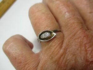 Dainty Sterling Silver Calla Lily Ring  - Signed LJ - Size 6.5 -cc