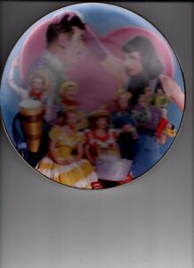 I love lucy collector plate, Tennessee ernie ford, new