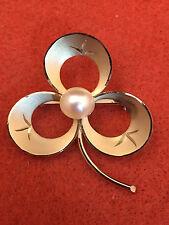 Vintage 3-Leaf Clover Brooch w/ Pearl-like center 12KGF. Signed by TK. FREE SHIP