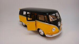 1962 Volkswagen Classical Bus Die Cast 1/32 Scale NEW