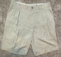 Mens Tommy Bahama Relax Size 32 Lt Gray 100% Silk Pleated Front Casual Shorts