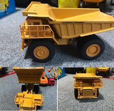 Diapet Komatsu Dump Truck HD1200M 1/50 Scale Made in Japan No Box