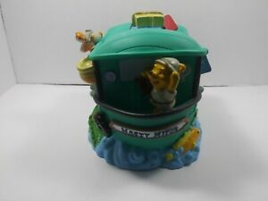 Disney Hasty Hippo Boat Winnie the Pooh Bank with Plug - Tigger, Eeyore, Piglet