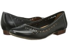 Clarks Lockney Hot Flat Women Size 9M. New