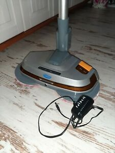 Aqua laser rotator, bodenreiniger ,hartbodenwischer,kabellos ,mit 4 pads
