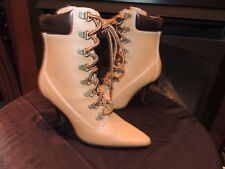 a72282a990d Womens Size 5 * NEWPORT NEWS * Leather Lace Up Booties Shoes Boots Heels