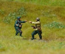 EWM ItaInf01 1/76 Diecast WWII Italian Infantry Officer Advancing with Pistol