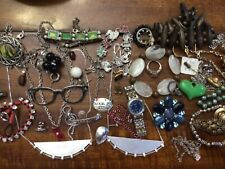 Lot of vintage costume jewelry,nothing tested lots of old great pieces
