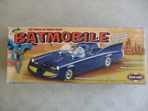 2002 POLAR LIGHTS BATMAN 1960'S COMIC BOOK BATMOBILE MODEL KIT IN BOX 06901