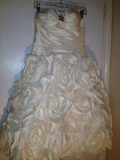 Flower Pedal Bottom Moonlight Wedding Dress Size 10