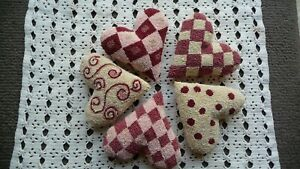 5 Punch Needle Hearts/ Bowl Fillers/ Valentine