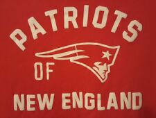 Patriots PRE-OWNED of New England Size Large Red T-Shirt