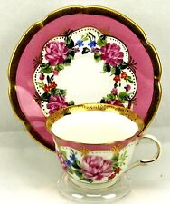 Hong Sheng Gold Rim Pink Roses Scalloped Teacup & Saucer *Display Only*