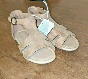 New Toddler Girls Old Navy Tan T-Strap Faux Suede Sandals 5 6 9