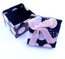 Neu GESCHENKBOX BOX für RINGE / OHRRINGE Punkte schwarz/weiß/rosa SCHMUCKETUI