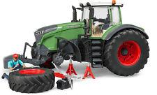 BRUDER 04041 Fendt 1050 Vario mit Mechaniker D
