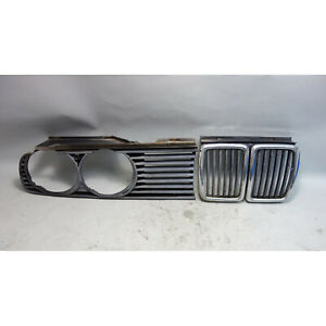 1984-1993 BMW E30 3-Series Center Kidney and Right Headlight Grille Pair OEM