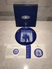 Royal Copenhagen Trimming The Tree Christmas Plate Made In Denmark Excellent