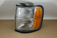 Driver Left Corner/Park Light Park Lamp-turn Signal Fits 98-02 ISUZU TROOPER
