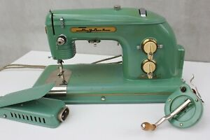 Vintage electric Soviet Sewing machine TULA 1957 Turquoise, Absolutely working a