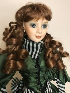 Porcelain Doll Franklin Heirloom - Musical Collection 50cm Curly hair Green Eyes