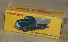 dinky toys  / Studebaker benne basculante ( ref 25M)  Atlas (neuve en boite)