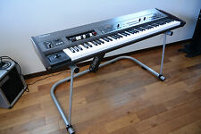 Roland V-Combo VR-700 76key Stage Keyboard w/ stand