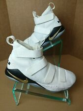 Nike Zoom LeBron Soldier Xl 11 Court General 897644 101 Men's Sz 14.  #907