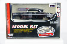 MotorMax 1955 Chrysler C300 1/24 Scale Diecast Model Car Kit