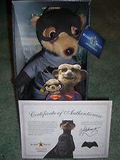 "Aleksandr como ""Batman"" - Juguete Meerkat-certificado & carta &"" Cartón Fig BNWT"