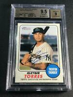 GLEYBER TORRES 2017 TOPPS HERITAGE #100 REAL ONE GRAY AUTO /25 ROOKIE BGS 9.5