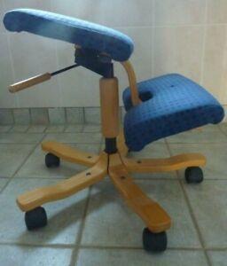 VARIER STOKKE Wing Balans Kneeling Chair - £800 - Blue / Pale Wood Swivel Wheel