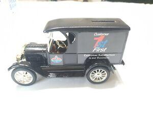 Lim Edition Replica Chevrolet 1923 Delivery Van Amoco Customer First Bank ERTL
