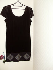 SlEEK DRESS SZ12 CLASSIC DUNNES DRESS GREAT FOR PARTIES  STYLISH NON CREASE FAB