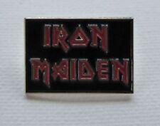 Badges et pins de collection liés à la musique iron maiden