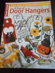 A Year Of Door Hangers In Plastic Canvas Leaflet ~ Leisure Arts #1614 ~ 1995