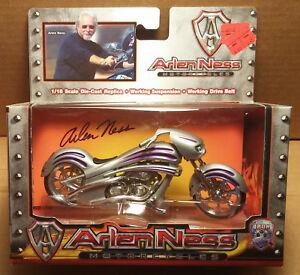 Arlen Ness Iron Legends 1/18 Scale Motorcycle Custom Silver w/ purple stripes
