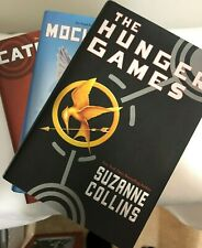 THE HUNGER GAMES TRILOGY~HARDCOVER BOOK SERIES~MOCKINGJAY, CATCHING FIRE