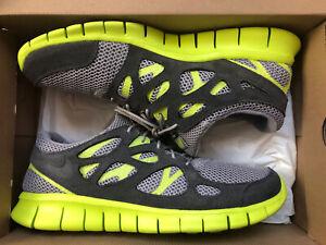 Visión general Remolque En segundo lugar  Nike Free Run 2 Athletic Shoes for Men for Sale | Shop Men's Sneakers | eBay