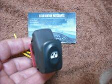 A RENAULT CLIO MK2 SCENIC MK1   ELECTRIC  WINDOW DOOR SWITCH  6  PIN  GREY