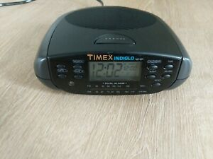 Timex Indiglo T433B Dual Alarm FM/AM Calendar Clock Radio Tested & Works