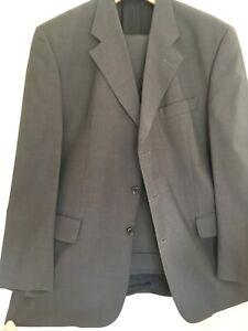 Cerruti luxury men's suit with waistcoat pure new wool in best cond.